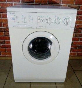 Стиральная машина Indesit-WGD1236TX