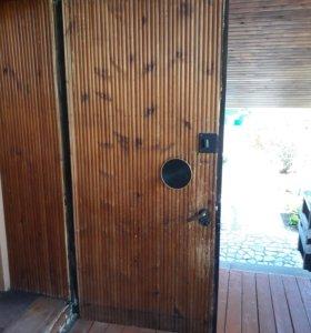 дверь,металлическая входная