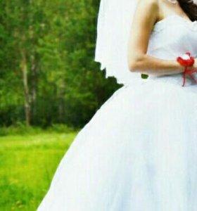 Свадебное платье,б/у один раз.покупалось за 30000.