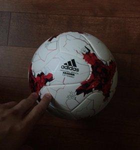 Футбольный мяч adidas кубок конфедерации 2017