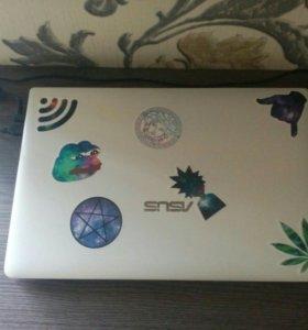 Ноутбук ASUS X501A (белый)