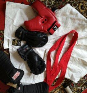Набор для бокса для мальчика.