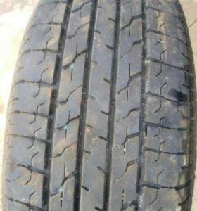 шина Bridgestone 1 шт