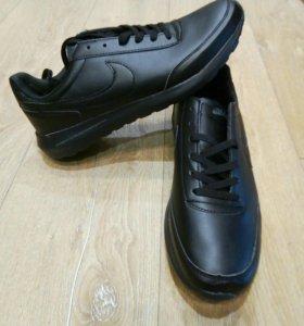 Мужские кроссовки, 44 р