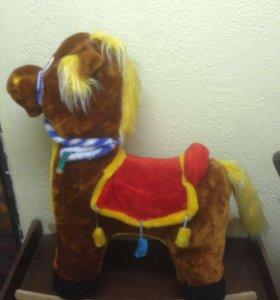 Мягкая качалка конь