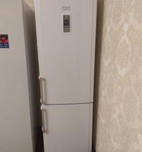 Холодильник новый hotpoint ariston