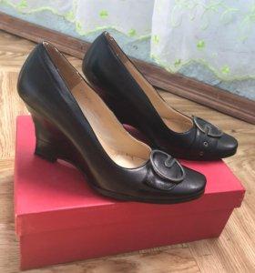 Туфли 35 размер- 500 рублей!