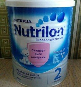 """Молочная смесь """"Снижает риск алернии"""""""