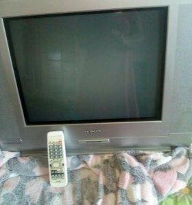 Телевизор HITACHI (Хитачи) с пультом.В рабочем сос