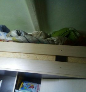 Детская спальня шкаф стол
