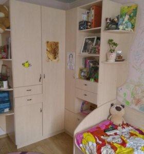 Набор мебели для детской для девочки