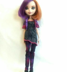 Кукла Эвер Афтер Хай.