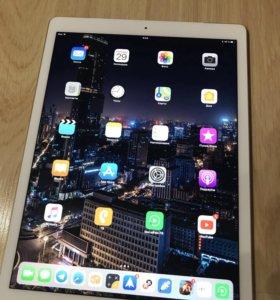 Apple iPad Pro 12.9 wifi 128Gb 2016 год