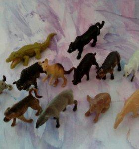 Набор мелких игрушек - животные