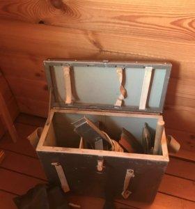 Ящик для рыбака железный