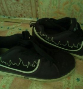 Кроссовки Heelys с роликом