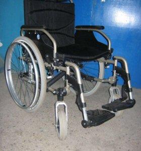 Продаю новую кресло-коляску мех. Vermeiren V300