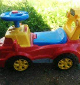 Машинка детская от 1,5 лет