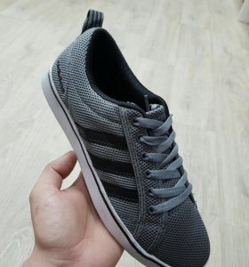 Adidas кроссовки, кеды новые