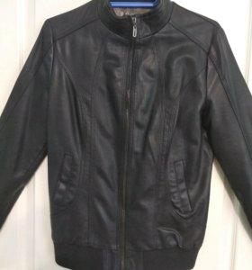 Женская демисезонная куртка. Размер XL 170-92A