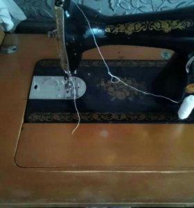 Швейная машинка срочно торг