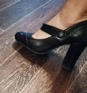 Туфли Италия р.36-37 натуральная кожа