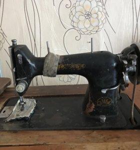Швейная машинка ЗМШ ОРША 1935 года