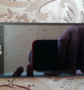 Телефон LG l90