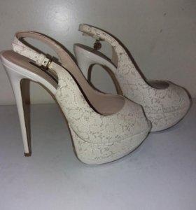 Босоножки 37РАЗМЕР,обувь в профиле