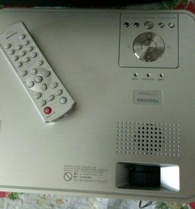 Проектор TOSHIBA TLP-XD2000