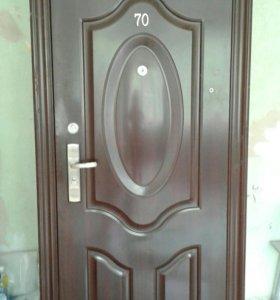 Дверь входная б/у