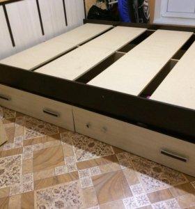 Кровать двуспальная б/у. Без матраца