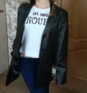 Женский кожаный пиджак. Производство Турция.