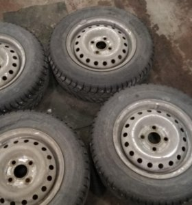Gislaved Nord Frost 5 (175/70r13) + штамповки r13