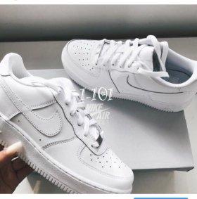 Кроссовки найк/Nike новые