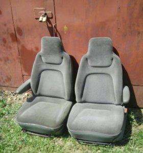 Кресла додж караван, крайслер вояджер.