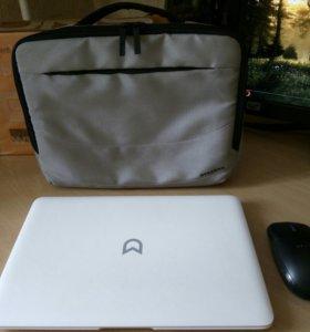 Классный ультрабук на SSD с сумкой и мышью