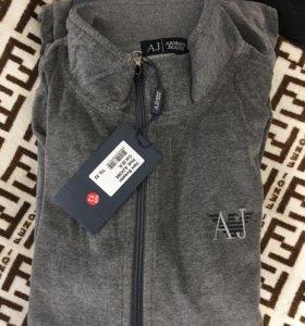 Новый велюровый костюм AJ 50-52 размер
