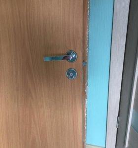 Продаю дверь