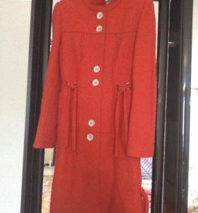 Пальто ,куртка ,платье на стройную девушку ,куртка