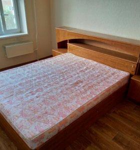Спальный гарнитур (кровать)