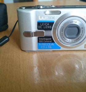Компактный фотоаппарат Panasonic Lumix DMC-FX12
