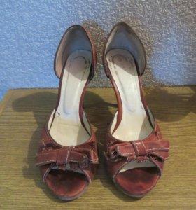 Туфли из натуральной кожи, Италия