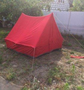 Туристическая палатка 2х2 м б/ у