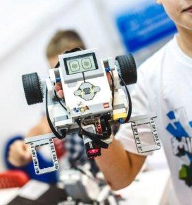 Преподавтель робототехники