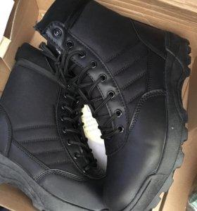 Новые ботинки осень 43