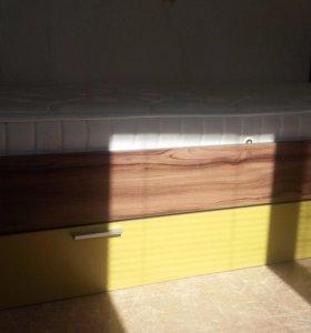 Кровать полуторка с матрасом и ящиком