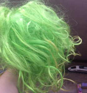 Парик зелёный