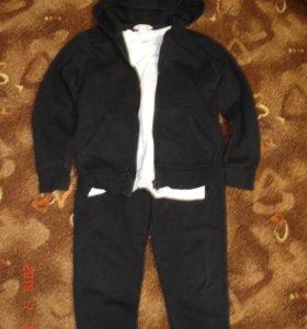 Спортивный костюм H&M р.128