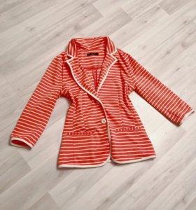 Летний пиджак кораллово цвета